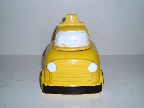 SCHOOL BUS cookie jar by McCoy.