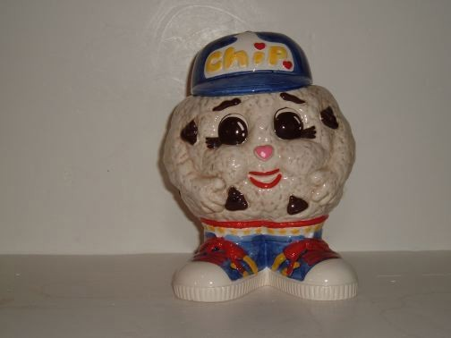 Chip Cookie Jar by Fitz and Floyd.