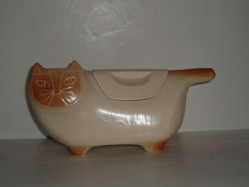 BRUSH - Stylized Siamese Cat Cookie Jar