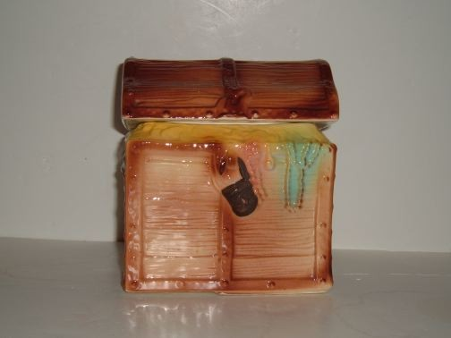 reasure Chest cookie jar