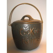 McCoy - Cookie Kettle Cookie Jar