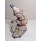 LLADRO PIERROT WITH CONCERTINA  NUMBER 5279