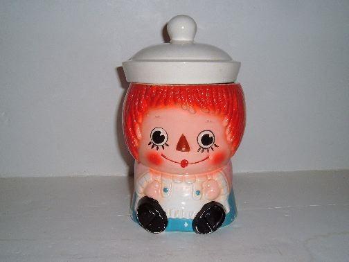 RAGGEDY ANN Cookie Jar.