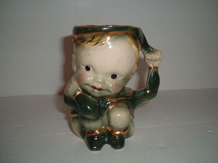 BRUSH - Peter Pan Mug with gold trim