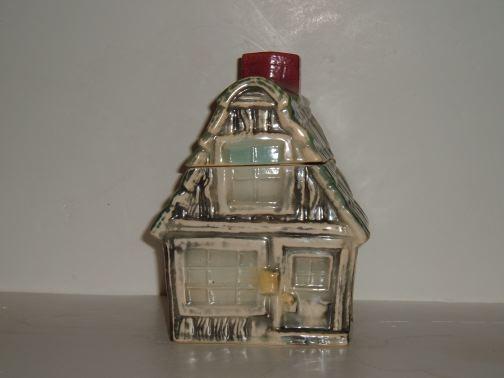 BRUSH - Cookie House Cookie Jar