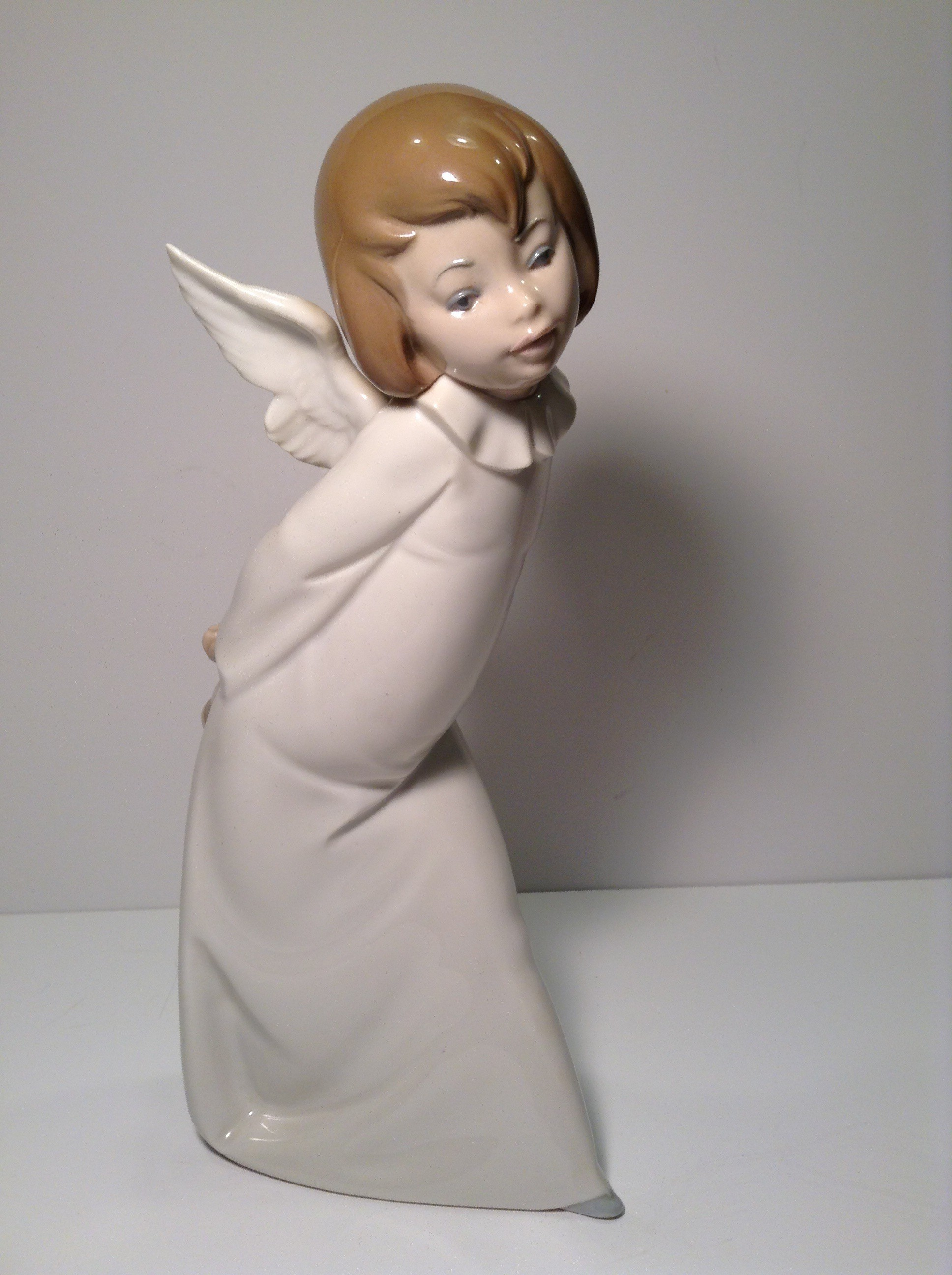 LLADRO Curious Angel number #4960